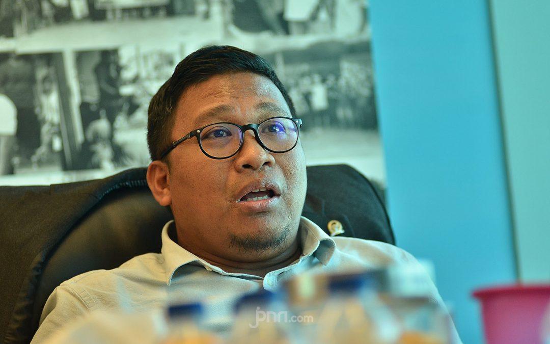 Rakyat Sedang Kritis, Irwan Fecho: di Mana Pemimpin Negeri Ini?